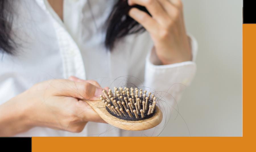 menopausal women losing her hair